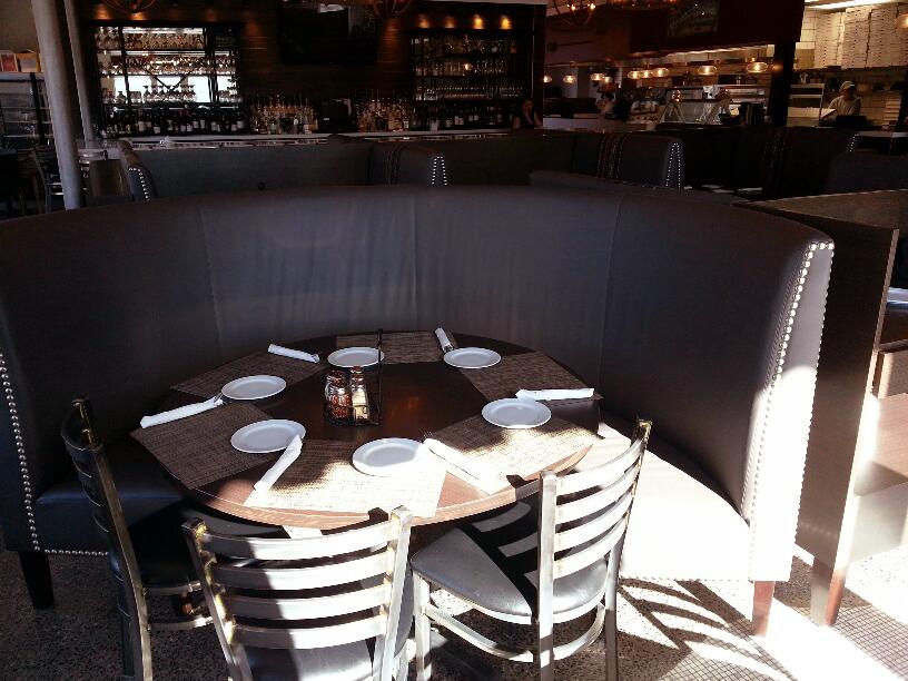 Lombardos Restaurant Pizza Bar White Plains 3